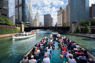 chicago-architecture-foundation-river-cruise-chica-3.jpg